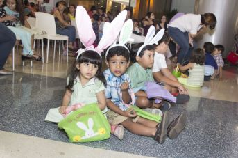 EASTER EGG HUNT AT BLUEMALL